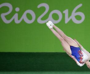 İnternetin yeni trendi - Uçan olimpiya idmançıları