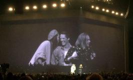 Adele konsertində biseksual cütün evlilik mərasimini yeniləməsinə şərait yaradıb