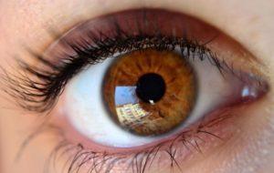 beautiful-eyes-widescreen