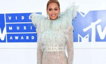 "Beyonce ""Mtv Video Music "" mükafatlarını silib-süpürüb"
