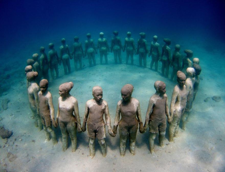 Amazing-sculptures-38-57bb14662ba5a__880