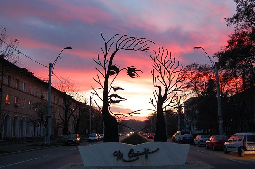 amazing-sculptures-1-57baeeb85f042__881