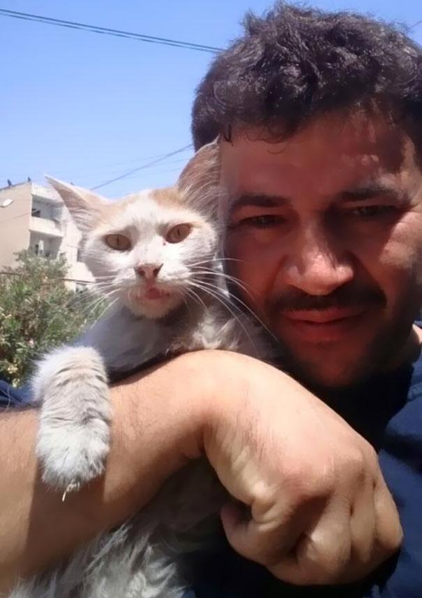 cat-man-aleppo-syria-9