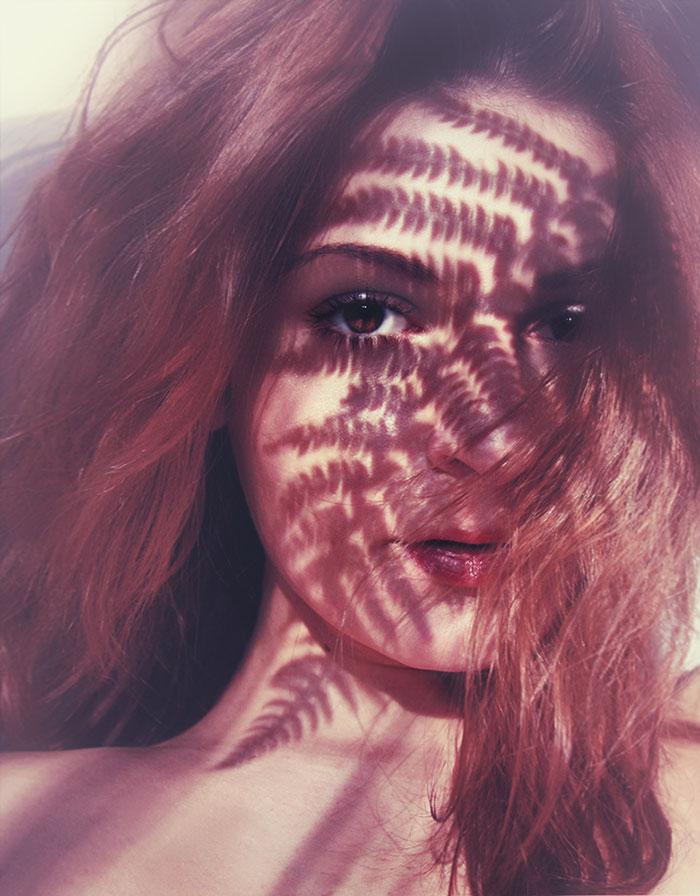 creative-hard-shadow-photography-10-57e22f75c9c3f__700
