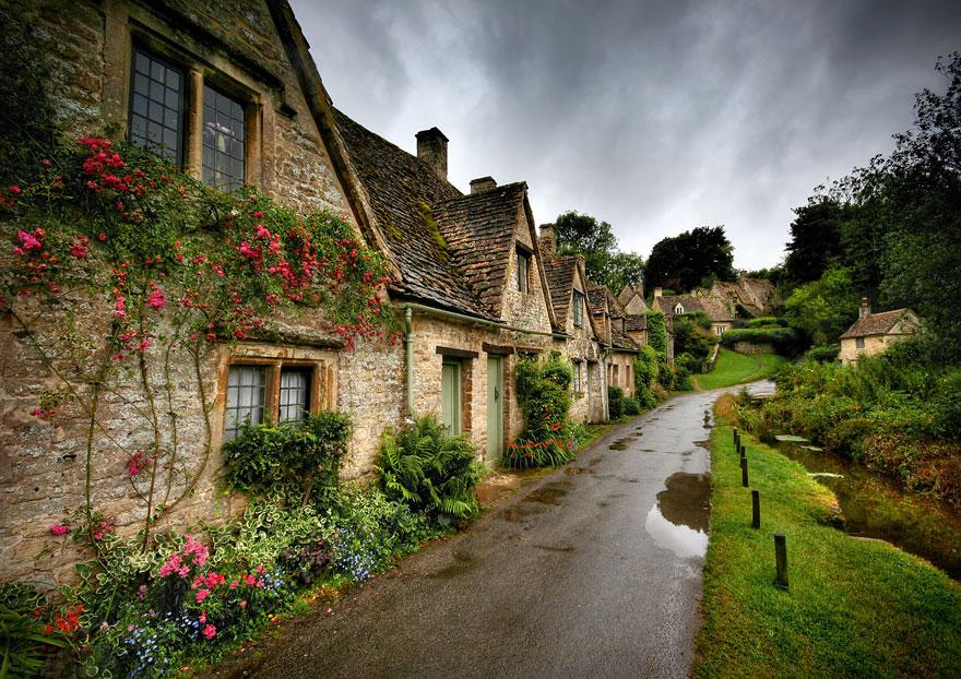 fairy-tale-villages-6-57221a58ef24e__880