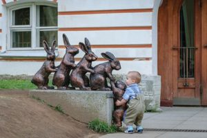 good-kids-acts-of-kindness-restore-faith-humanity-parenting-6
