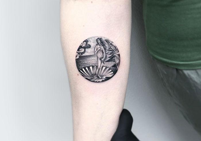 miniature-circular-tattoo-eva-krbdk-13-57a3017849351__700