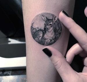 miniature-circular-tattoo-eva-krbdk-30-57a301a27453f__700