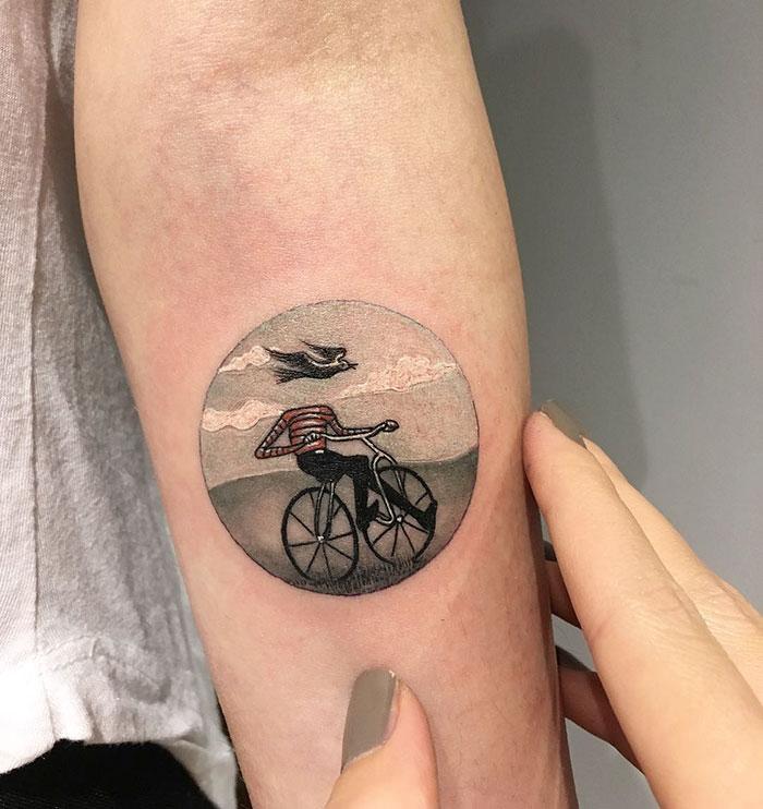 miniature-circular-tattoo-eva-krbdk-8-57a3016c852c1__700