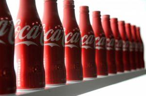 3-coca-colajzwx7htgfkeiudawb1-h3g