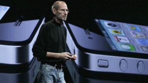 steve-jobs-iphone-keynote