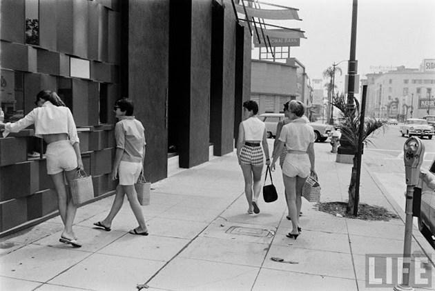 female-short-pants-1950s-4