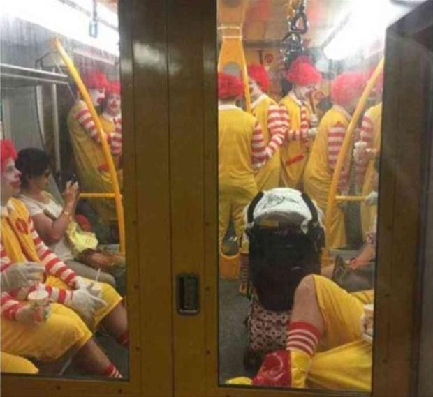 metronun-en-garip-insanlari-1483901