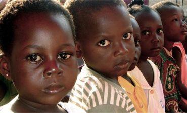 UNICEF və Dünya Bankı: Təxminən 385 milyon uşaq səfalət içində yaşayır