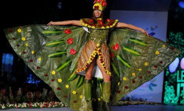 Lady Gaganın ətdən paltarına alternativ: Çiçək və yarpaqdan paltarlar
