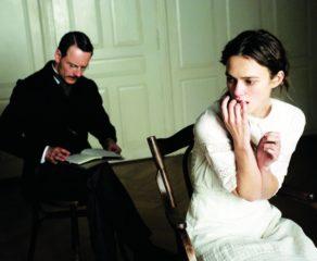 Şizofren qadının suallara verdiyi narahat edici cavablar