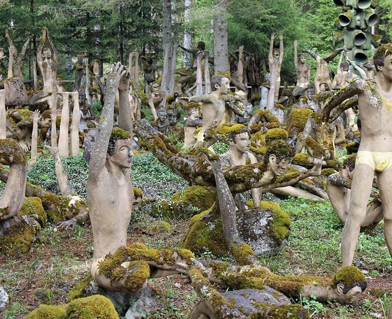 Sculpture Park of Veijo Rönkkönen / Finlandiya