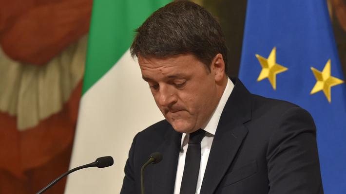 İtaliyada Referendumda məğlub olan Matteo Renzi istefasını açıqladı