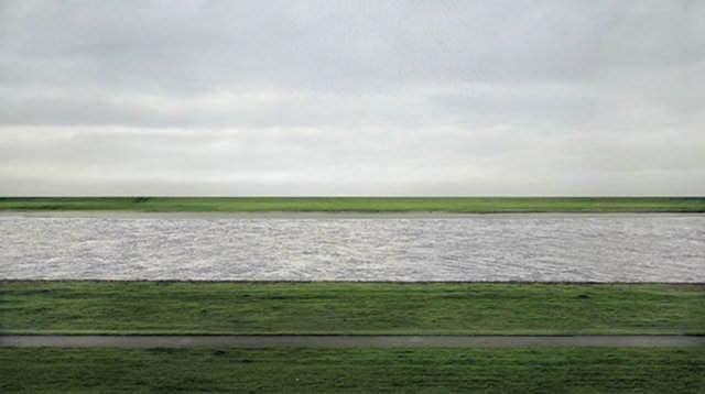 Rhein II – Andreas Gursky (1999)