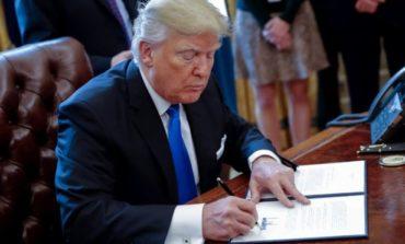 Trump 7 ölkənin vətəndaşlarına ABŞ'a girişi qadağan edir