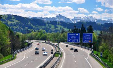 Almaniyada avtomagistral yollar ödənişli olacaq
