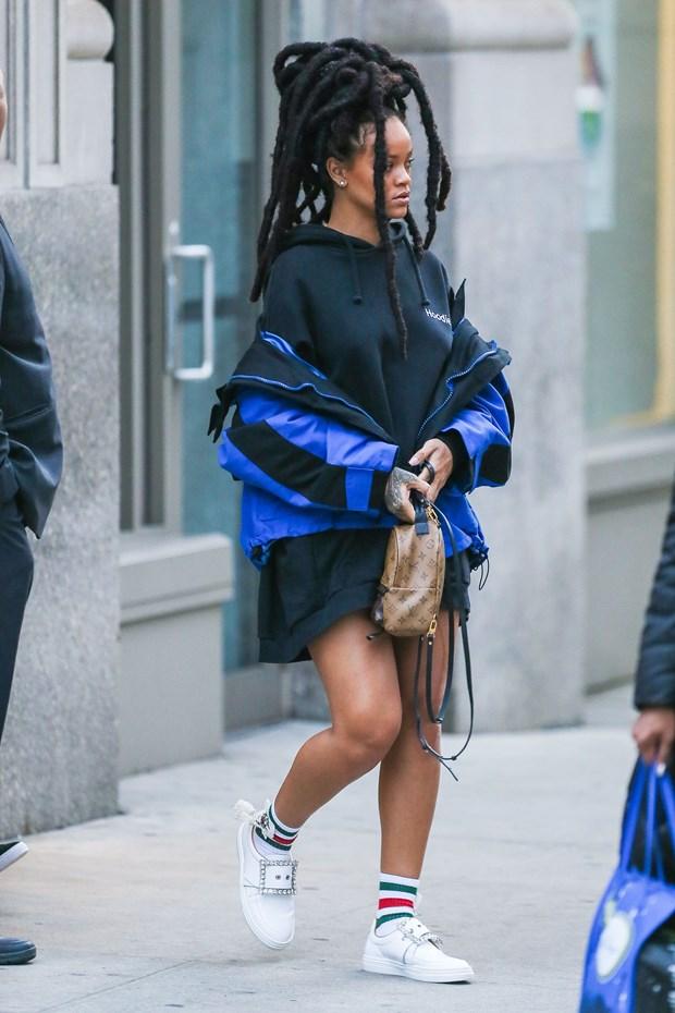 yaaz.az Rihanna New York 2017
