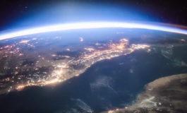 Kosmosdan bənzərsiz VİDEO | Dünyaya günəşin doğuşu