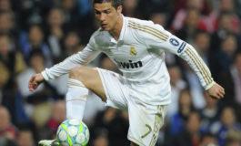 Ronaldo, imzalı forması ilə 80 iti xilas etdi