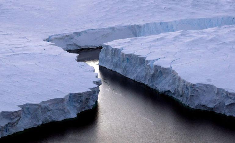 Arktika-dan Manhattan böyüklüyündə böyük buz parçası qopub