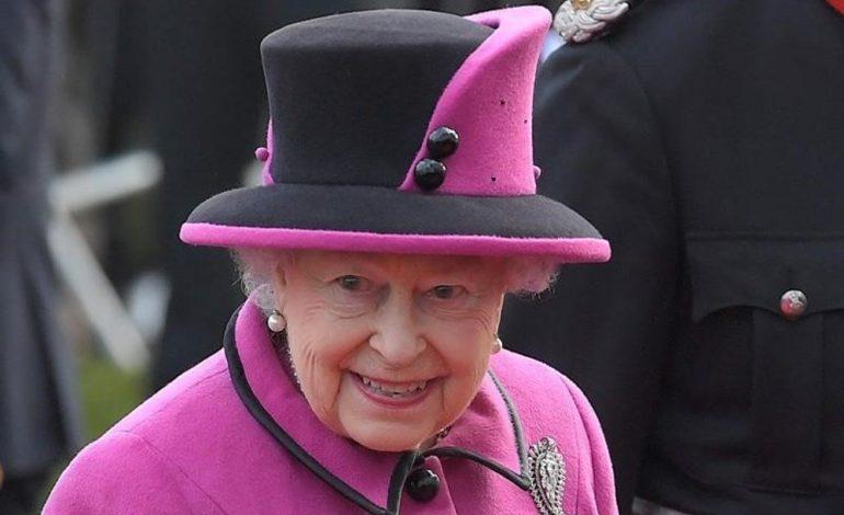 İngiltərə Kraliçası 2-ci Elizabeth, taxtdakı 65-ci ilini tamamladı