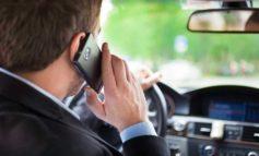 Maşın sürərkən telefonla danışmağın riskləri nələrdir?